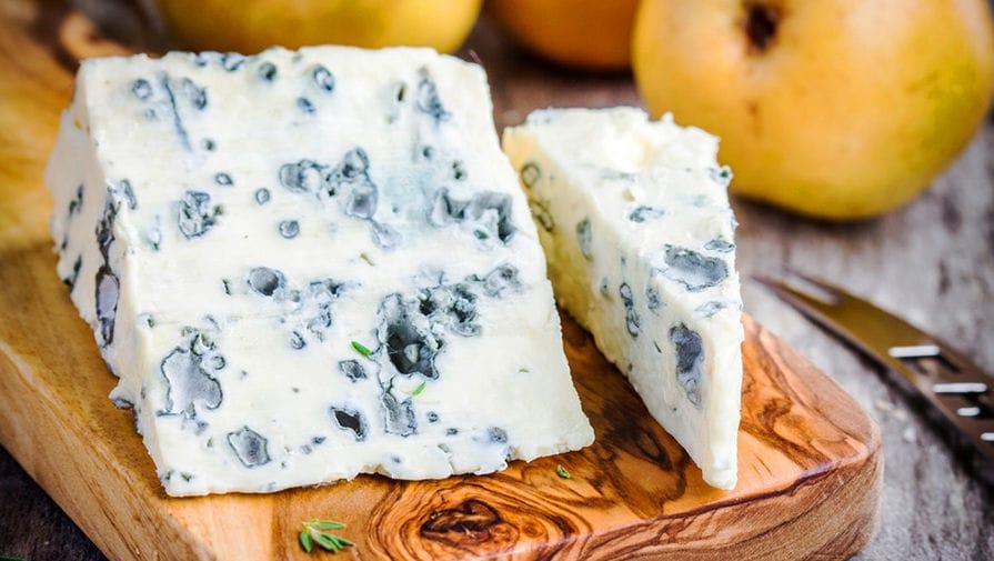 Сыр Блюшатель с голубой плесенью, 55%