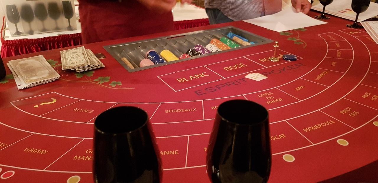 9 апреля 19ч  - винное казино