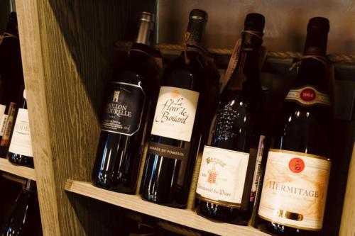 вина и интерьер винотеки Classico