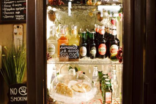 десерты из пекарни, винотека Classico