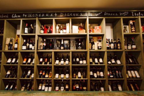 широкий ассортимент вин в Classico